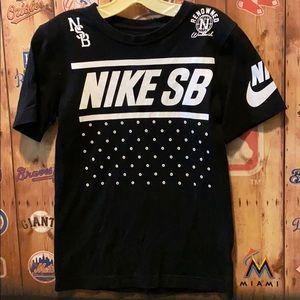 Nike tee from boys M (8-10)